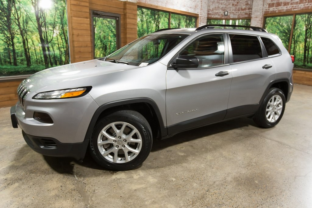 Pre-Owned 2017 Jeep Cherokee Sport 1-Owner, Clean Title, Clean Carfax History