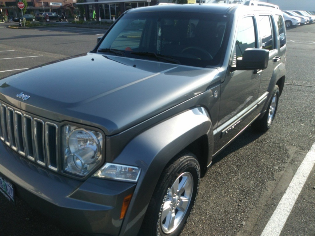 Pre-Owned 2012 Jeep Liberty Sport 4WD, Local Trade, Clean History