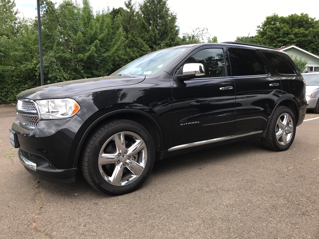 Pre-Owned 2013 Dodge Durango Citadel Technology, Navigation, DVD, Third Row!
