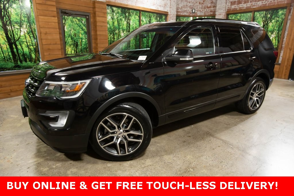 Pre-Owned 2017 Ford Explorer Sport AWD, Panoramic Sunroof, Navigation, Tow Pkg