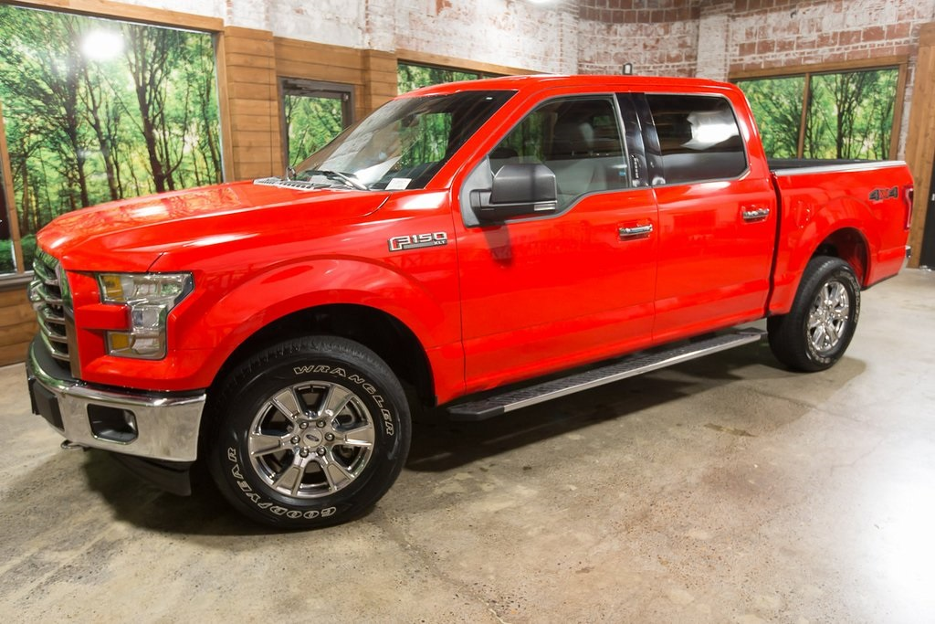 Pre-Owned 2017 Ford F-150 XLT Luxury Pkg, Chrome Pkg, Navigation, 1-Owner