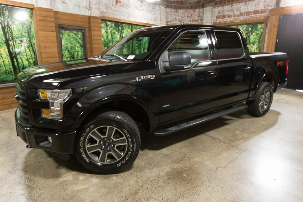 Pre-Owned 2016 Ford F-150 XLT Sport Package, Luxury Package, Panoramic Sunroof
