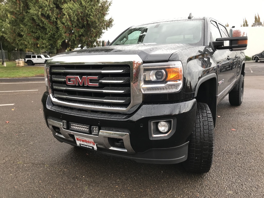 Pre-Owned 2015 GMC Sierra 2500HD SLT 4WD Duramax, Lifted, Custom Wheels, Navi, Sunroof