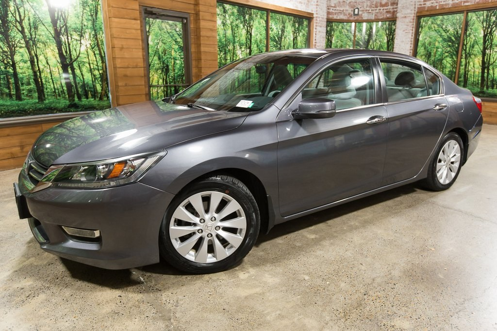 Pre-Owned 2013 Honda Accord EX 1-Owner, Clean Carfax, 36 MPG