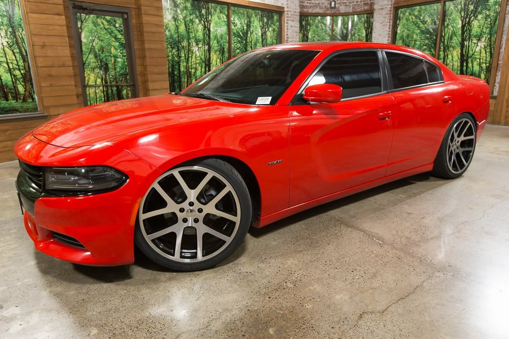 Pre-Owned 2015 Dodge Charger R/T Sunroof, Navigation Travel Group, 22-Inch  Wheels