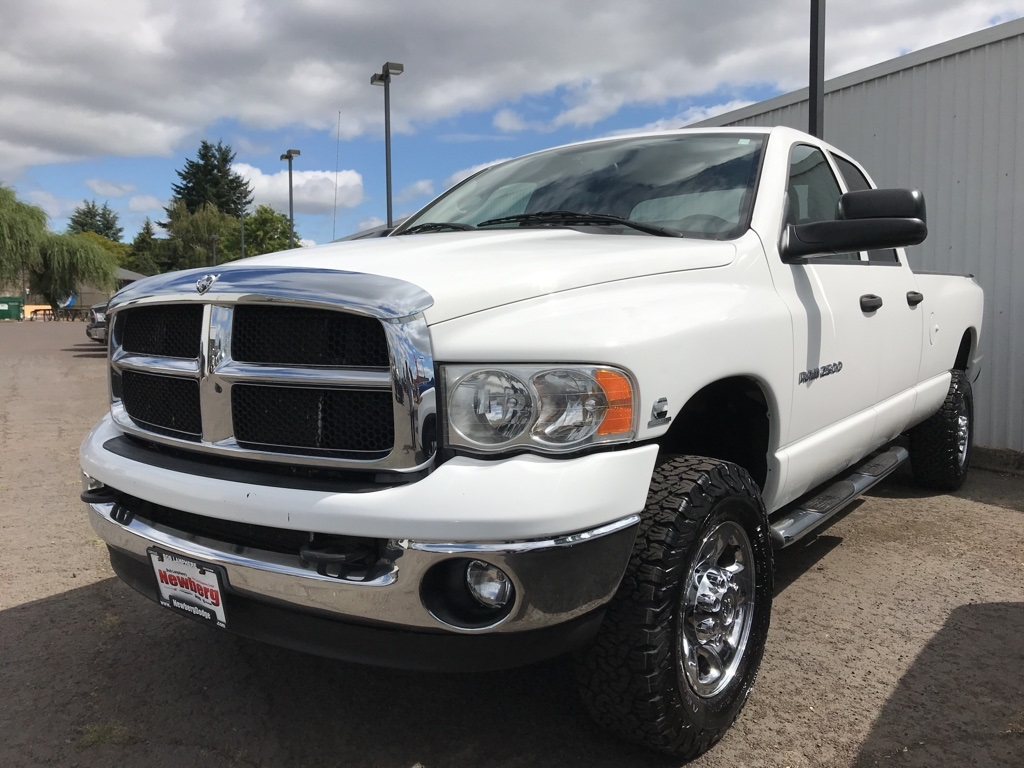 Pre-Owned 2005 Dodge Ram 2500 SLT 1-Owner, Clean Carfax, Airbags, Cummins 5.9