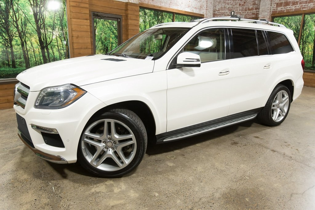 Pre-Owned 2015 Mercedes-Benz GL-Class GL 550 4MATIC®