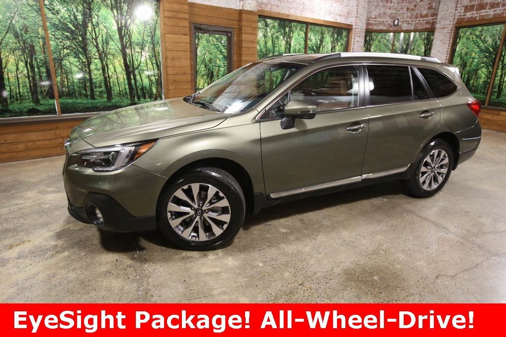 Pre-Owned 2018 Subaru Outback 2.5i Touring