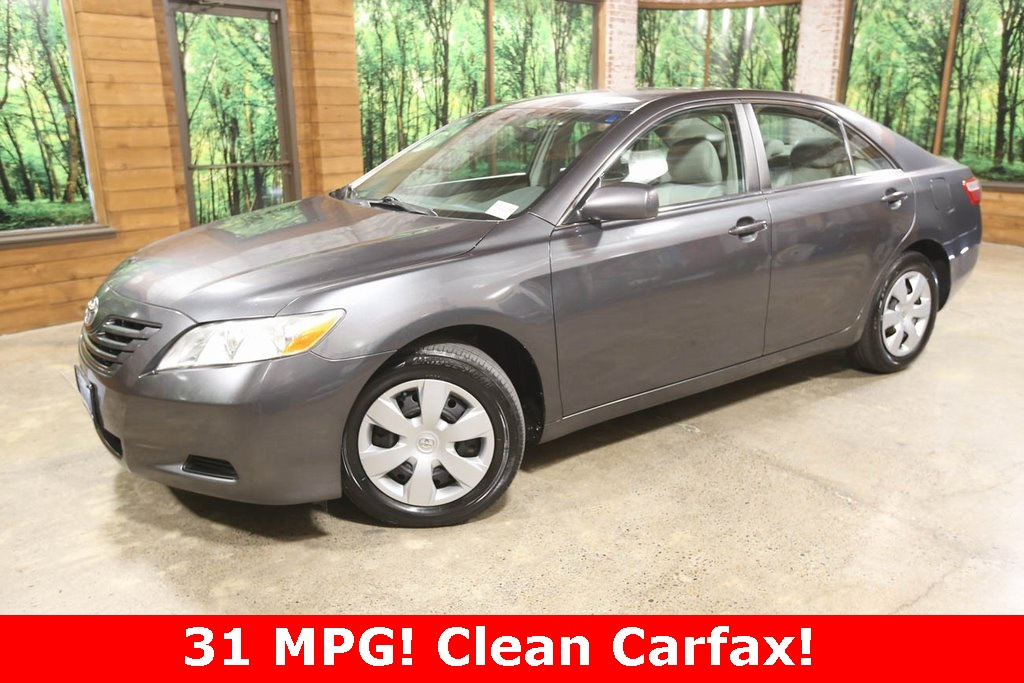 Pre-Owned 2008 Toyota Camry LE with Leather, Clean Carfax