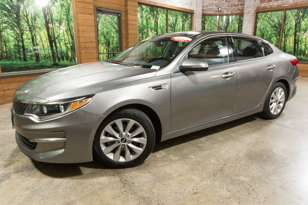 Certified Pre-Owned 2017 Kia Optima EX Premium Pkg, 1-Owner, CERTIFIED, Sunroof