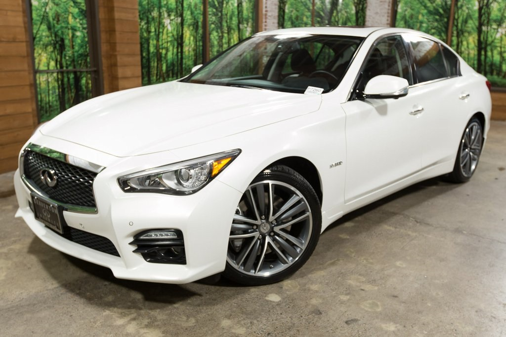 Pre-Owned 2014 INFINITI Q50 Hybrid Sport Deluxe Touring PKG, Navigation, No Accidents