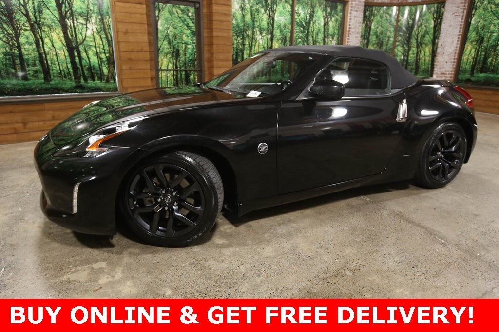 Pre-Owned 2019 Nissan 370Z Touring Convertible, Heated Seats, Clean Carfax