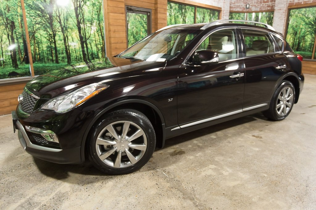 Certified Pre-Owned 2016 INFINITI QX50 AWD, Premium Plus Pkg, Sunroof, Navigation