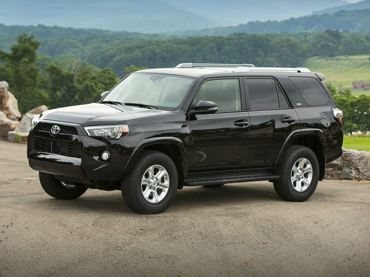 Pre-Owned 2018 Toyota 4Runner SR5 4WD, 3rd Seat, Sunroof, Navigation, 1-Owner