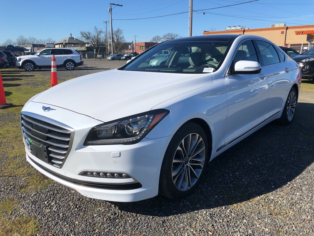 Pre-Owned 2016 Hyundai Genesis 3.8 AWD, Ultimate Pkg, Tech Pkg, Signature Pkg