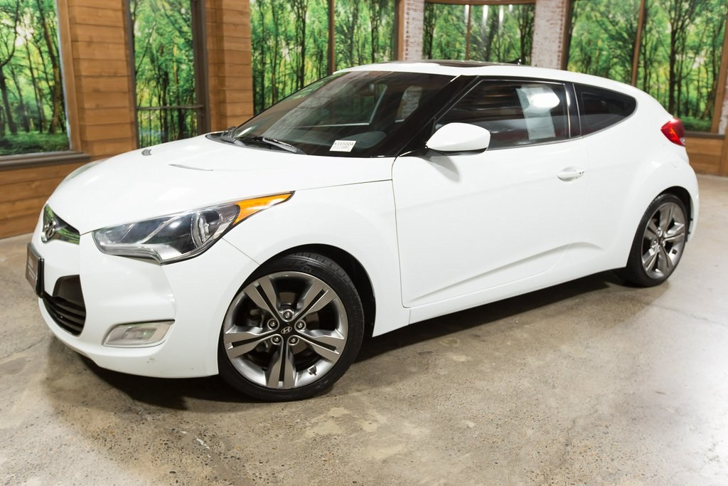 Pre-Owned 2013 Hyundai Veloster Base Style Package, Tech Package, Sunroof, Navigation