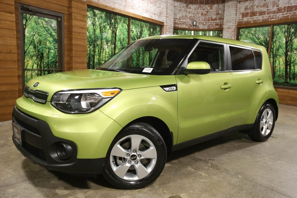Certified Pre-Owned 2017 Kia Soul Base 1-Owner, CERTIFIED, LOW Mileage