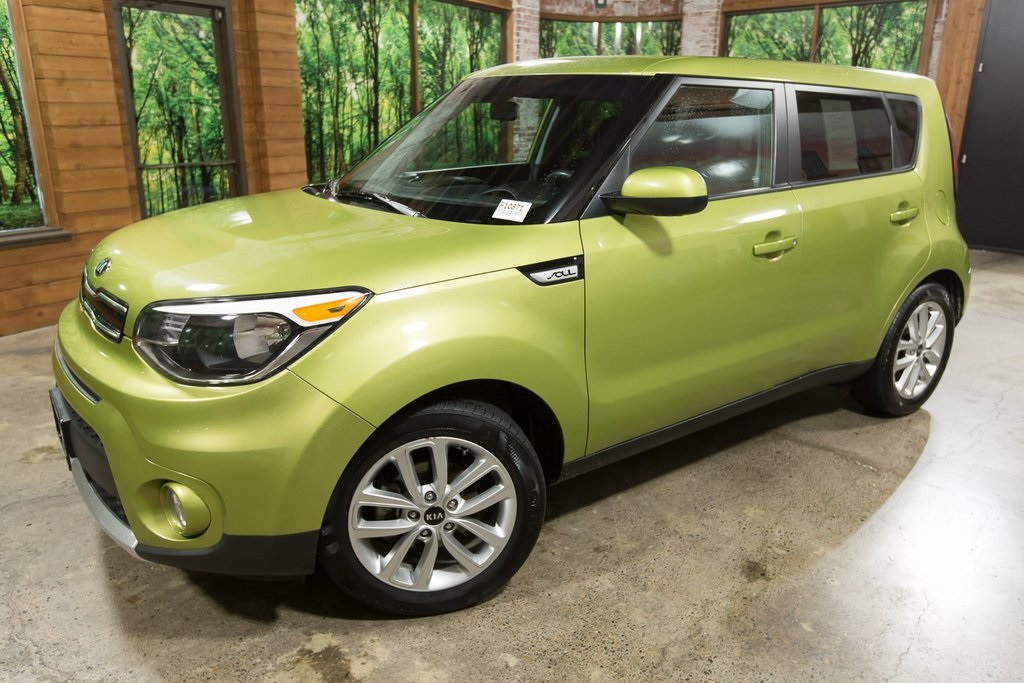 Certified Pre-Owned 2017 Kia Soul Plus Clean Carfax, Clean Title, Automatic