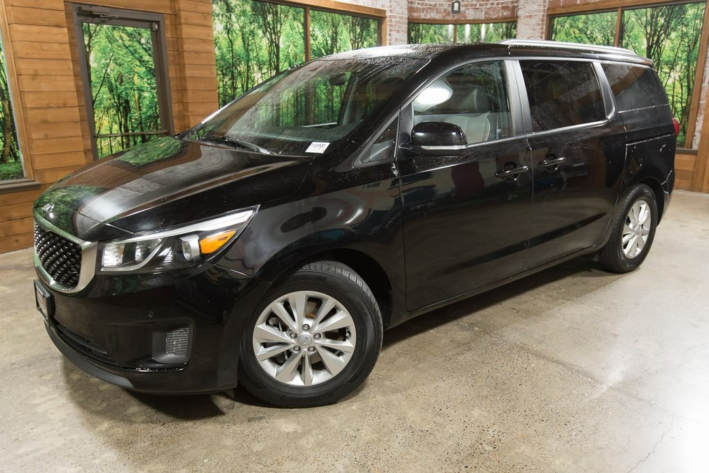Certified Pre-Owned 2017 Kia Sedona LX CERTIFIED w/ Leather, Heated Seats & Power Doors