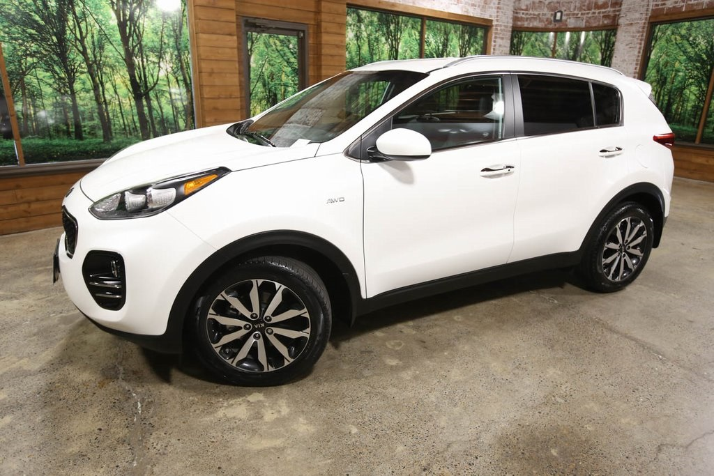 Certified Pre-Owned 2017 Kia Sportage EX AWD, 1-Owner, Leather Heated Seats