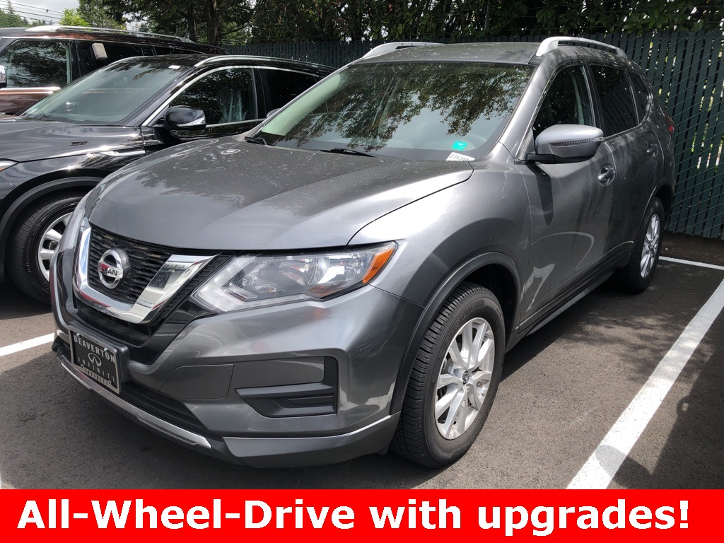 Pre-Owned 2017 Nissan Rogue SV AWD, Leather Heated Seats