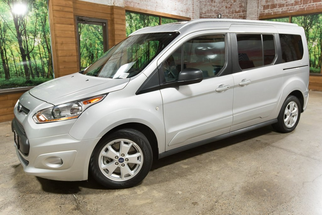 Pre-Owned 2016 Ford Transit Connect XLT with Panoramic Roof, Parking Sensors, Backup Cam