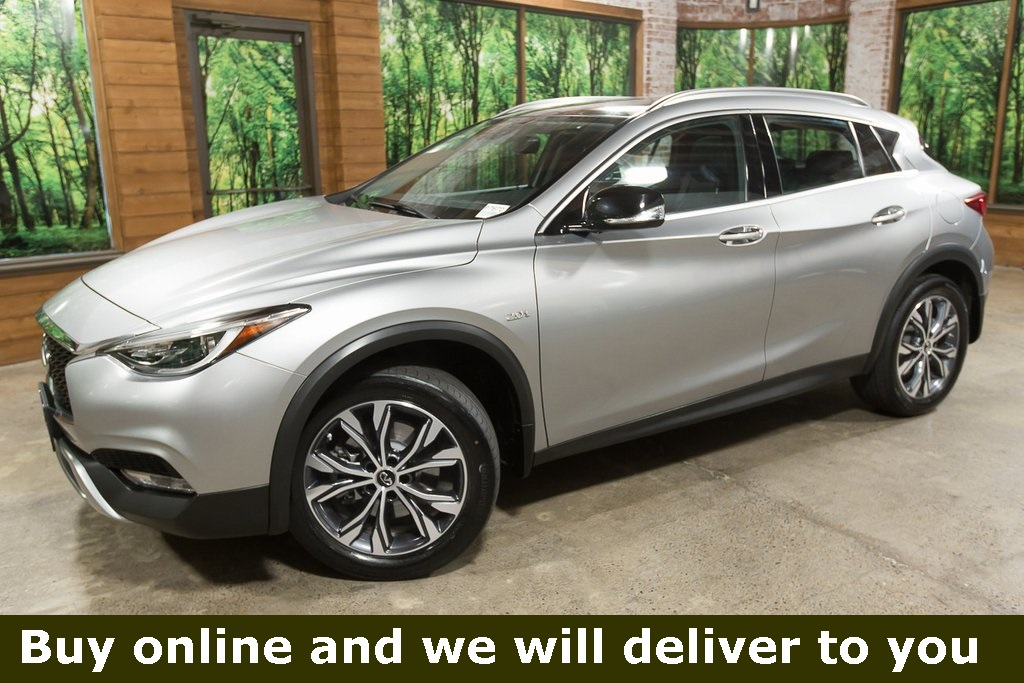 Certified Pre-Owned 2017 INFINITI QX30 Premium AWD, Panoramic Sunroof, Certified