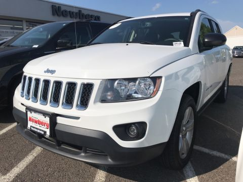 Pre-Owned 2016 Jeep Compass Sport Clean Carfax, Power Options, Great Fuel Economy!