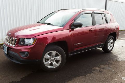 Pre-Owned 2014 Jeep Compass Sport Clean Carfax, CD/MP3, Alloy Wheels!