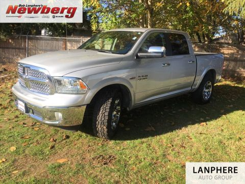 Pre-Owned 2017 Ram 1500 Laramie One Owner, Leather, 4WD!