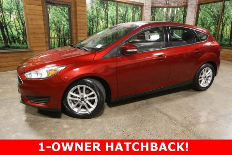 Pre-Owned 2017 Ford Focus SE Hatchback, 1-Owner, Automatic