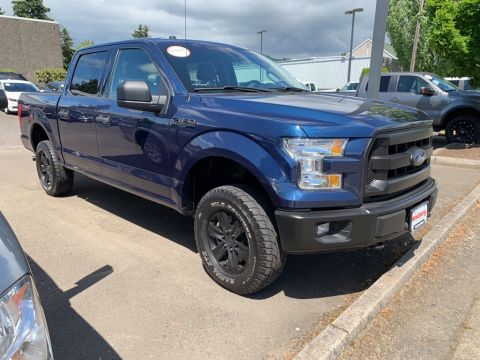 Pre-Owned 2016 Ford F-150 XLT 4WD, Low Mileage, Custom Wheels!