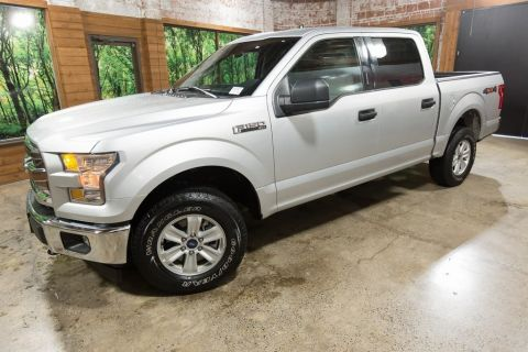 Pre-Owned 2017 Ford F-150 XLT 5.0 V8, 4wd SuperCrew! 31k miles