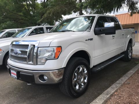 Pre-Owned 2011 Ford F-150 Lariat Crew Cab 4x4, Max Tow Package, 6.2-Liter V8!