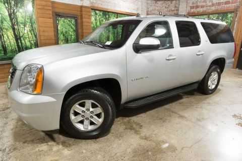 Pre-Owned 2013 GMC Yukon XL SLT 1500 4WD, Leather Heated Seats, Clean Carfax