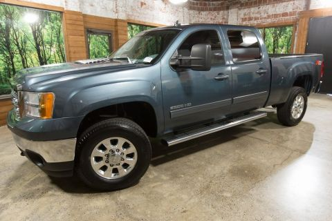 Pre-Owned 2013 GMC Sierra 2500HD SLT Crew Cab 4WD, Z71, Leather, Tow Package