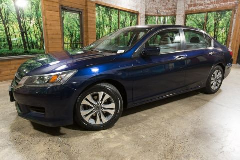 Pre-Owned 2014 Honda Accord LX Clean Carfax, Clean Title, Automatic
