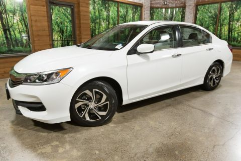 Certified Pre-Owned 2017 Honda Accord LX 1-Owner, Certified, 36 MPG
