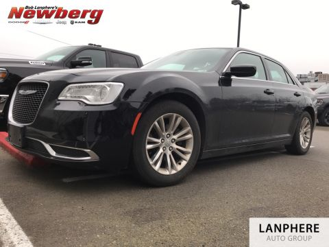 Certified Pre-Owned 2017 Chrysler 300 Limited Clean Carfax, Keyless GO, Heated Seats, Certified!