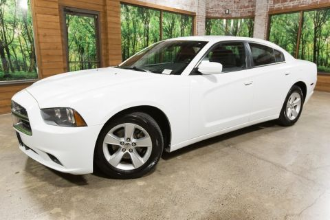 Pre-Owned 2014 Dodge Charger SE Automatic, V6, Clean Title