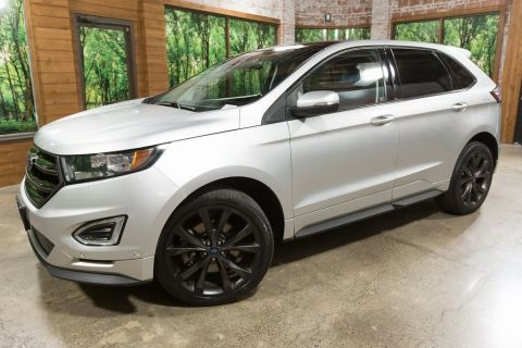 Pre-Owned 2015 Ford Edge Sport 1-Owner, AWD, Panoramic Sunroof, Navigation
