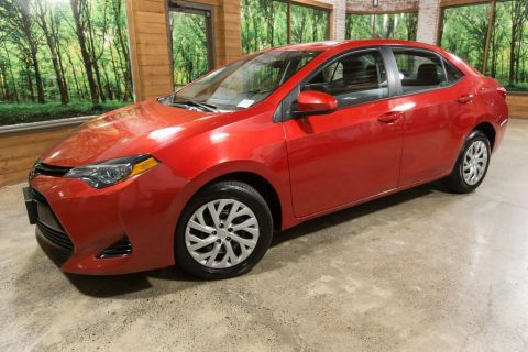 Pre-Owned 2017 Toyota Corolla LE 1-Owner Automatic