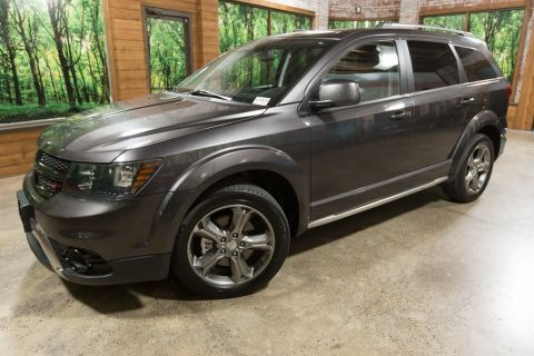 Pre-Owned 2017 Dodge Journey Crossroad AWD, Leather, 3rd Row Seating!