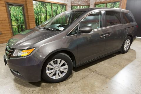 Certified Pre-Owned 2016 Honda Odyssey SE 1-Owner, DVD, Certified