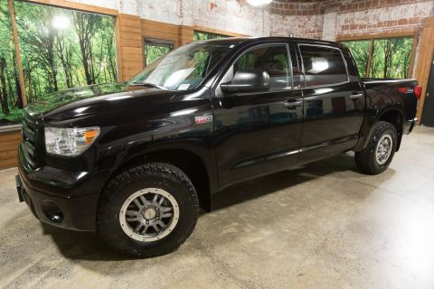 Pre-Owned 2012 Toyota Tundra Grade Rock Warrior CrewMax 4WD, 1-Owner, Sunroof