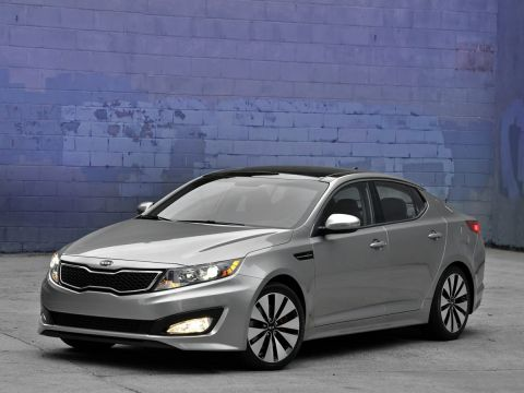 Pre-Owned 2013 Kia Optima SX