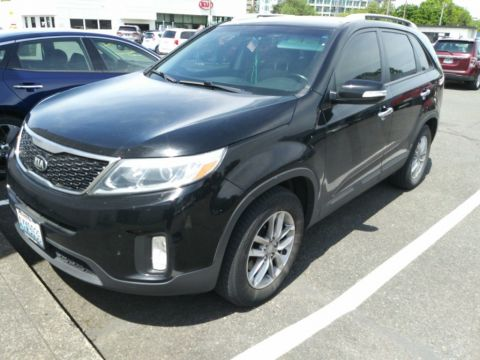 Pre-Owned 2015 Kia Sorento LX Convenience Package