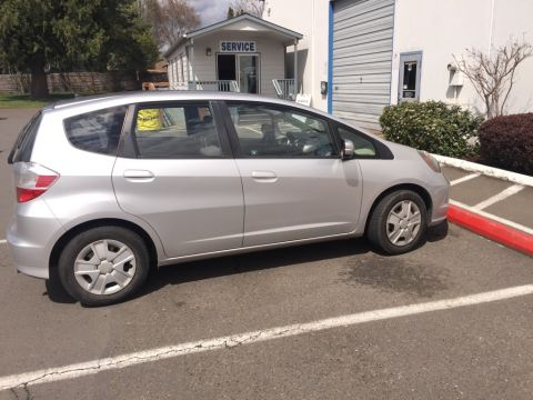 Pre-Owned 2013 Honda Fit Base Clean Carfax, A/C, Cruise, Power WIndows!