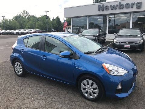 Pre-Owned 2014 Toyota Prius c One Clean Carfax, Great Gas Mileage