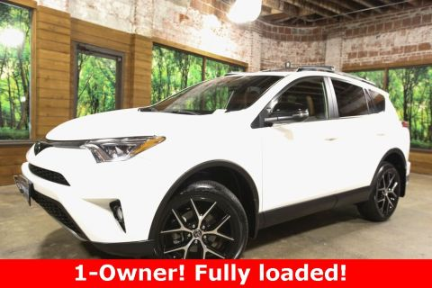 Pre-Owned 2017 Toyota RAV4 SE AWD, 1-Owner, Sunroof, Leather Heated Seats